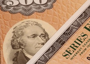 Сокращение вложений в государственные облигации США