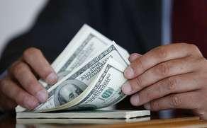 Рост доллара на открытии торгов