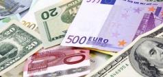 Курсы основных валют снижаются