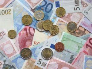 Вчера, после публикации статистики из США доллар подешевел по всему валютному рынку. Данные оказались ниже прогнозных оценок