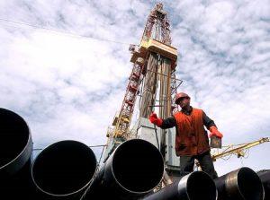 Россия увеличивает добычу нефти