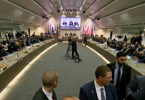 Сокращение добычи нефти и цена на актив OIL